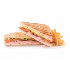 Клаб-сендвич с беконом